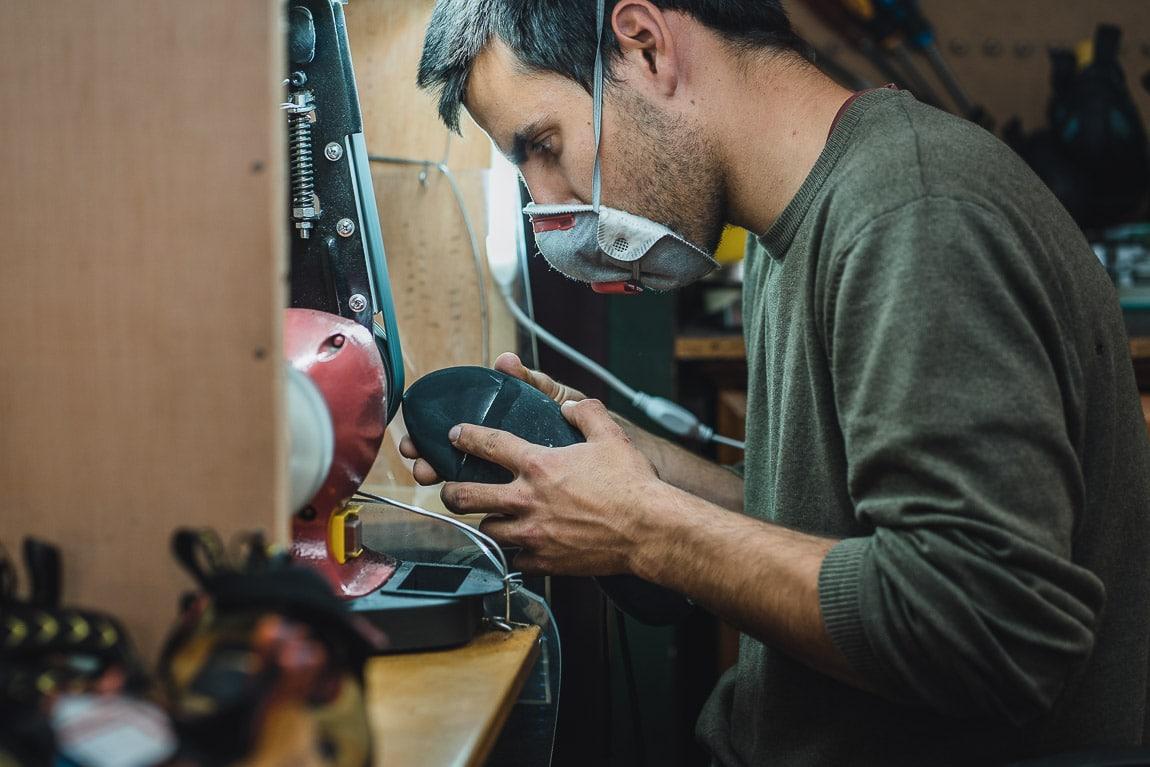 Reparación de pies de gato en Resolados Barcelona